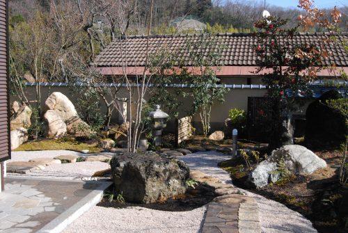 西宮市N様邸 東側のお庭